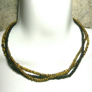 Jewelry - Natural Seed Beaded Necklace 16 Inches